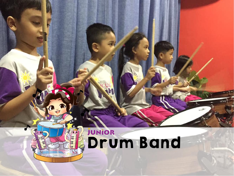 junior drum band-01